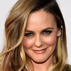 Reported Josh Rosebrook Cacao Antioxidant Mask fan Alicia Silverstone