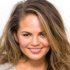 Reported Huda Beauty Scarlett Lashes #8 fan Chrissy Teigen