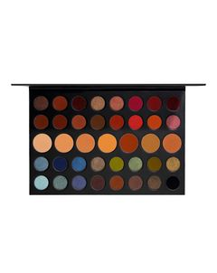 39A Dare to Create Artistry Eyeshadow Palette