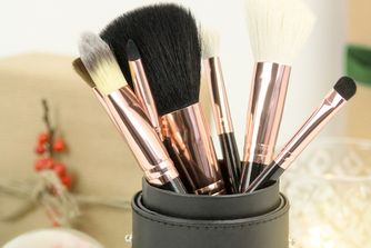 Looking For The Perfect Beauty Gift? Check Out These Tools