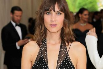 Achieve Alexa Chung's Met Gala Look With These 5 Simple Steps