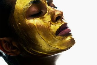 Is Gold Really Good For Your Complexion?