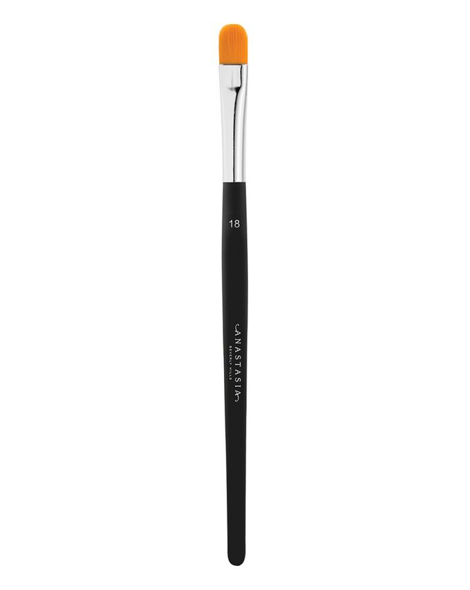 Anastasia Beverly Hills Concealer Brush (#18)