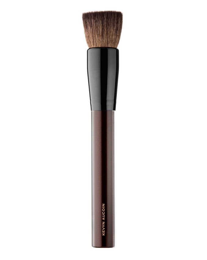 Kevyn Aucoin The Soft Buff Brush