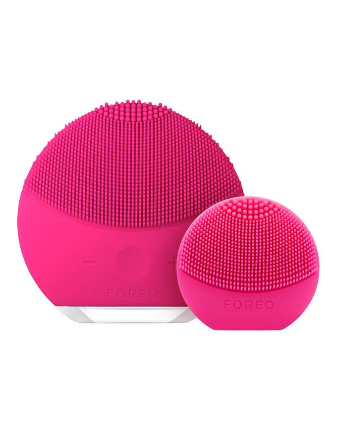FOREO Here & There Gift Set (worth £148)