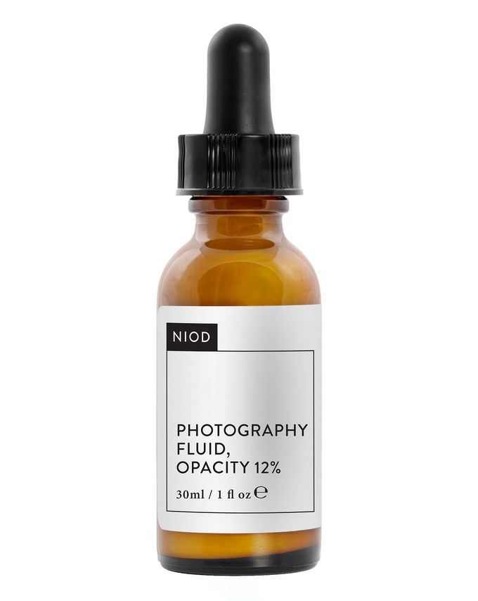 NIOD Photography Fluid, Opacity 12%