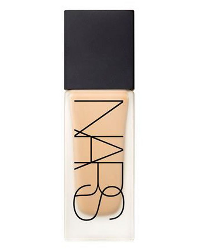 NARS All Day Luminous Weightless Foundation Barcelona