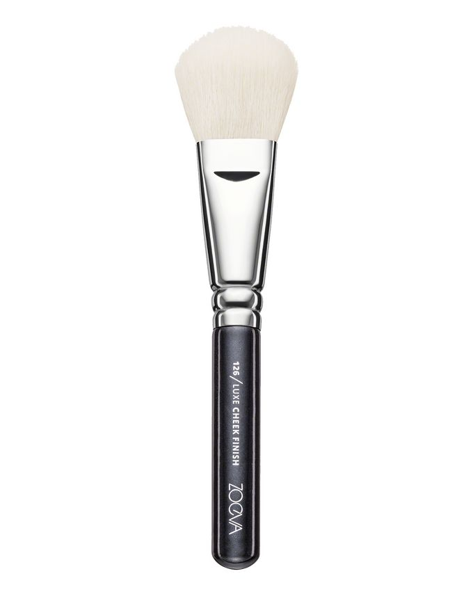 ZOEVA Luxe Cheek Finish Brush (126)